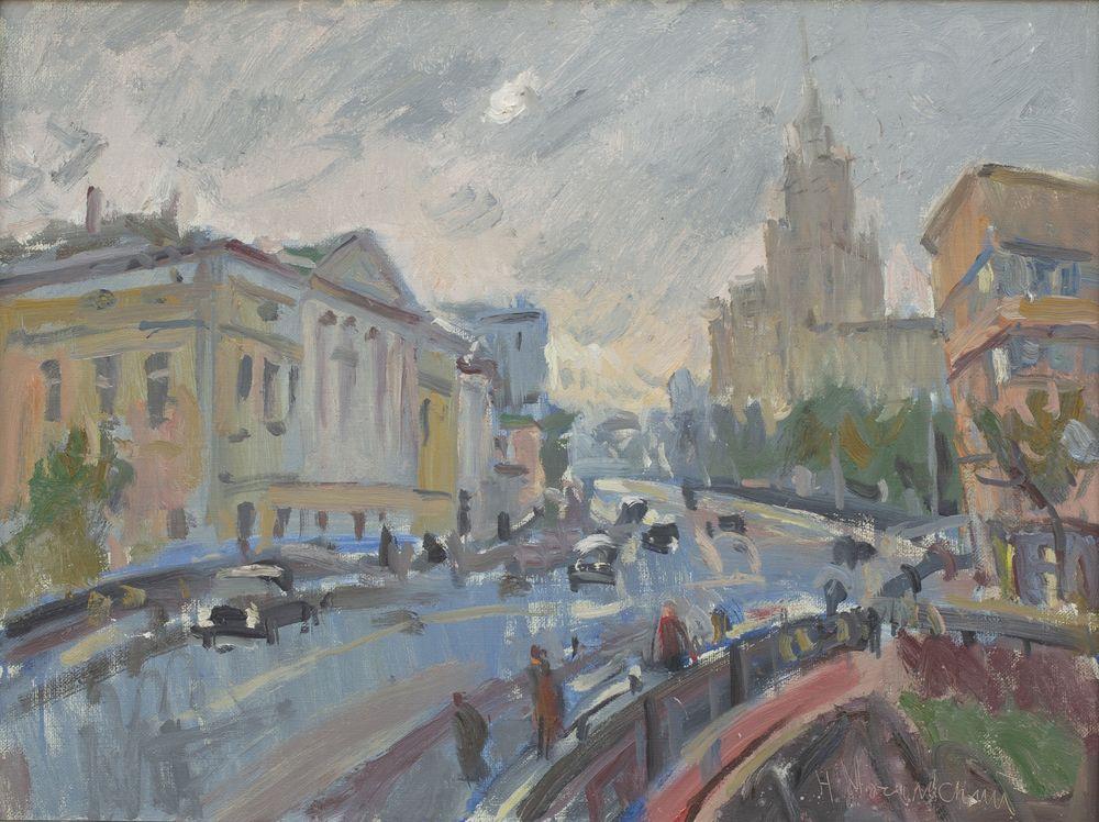 Вид на Новую Басманную от ж/д моста