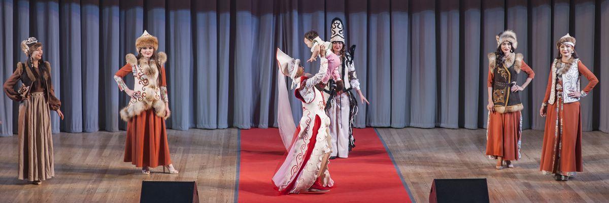 Гала-концерт Евразийского конкурса высокой моды национального костюма «Этно-Эрато». По приглашению РОО «Форум женщин ЕврАзии»