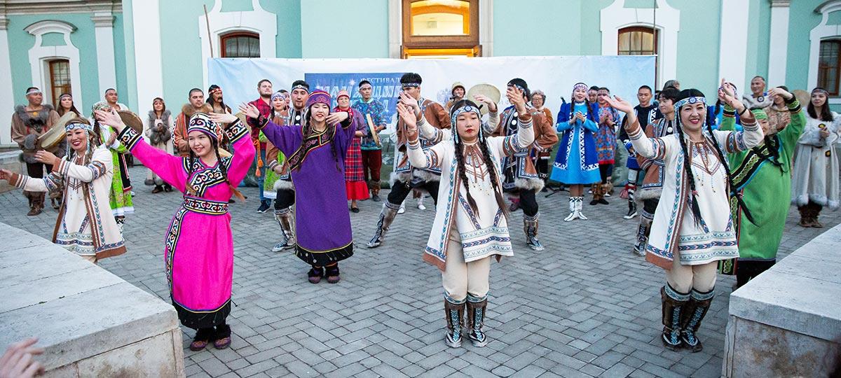 Культурный фонд поддержки национальных искусств. Церемония открытия XV Кочующего фестиваля «Манящие миры. Этническая Россия»