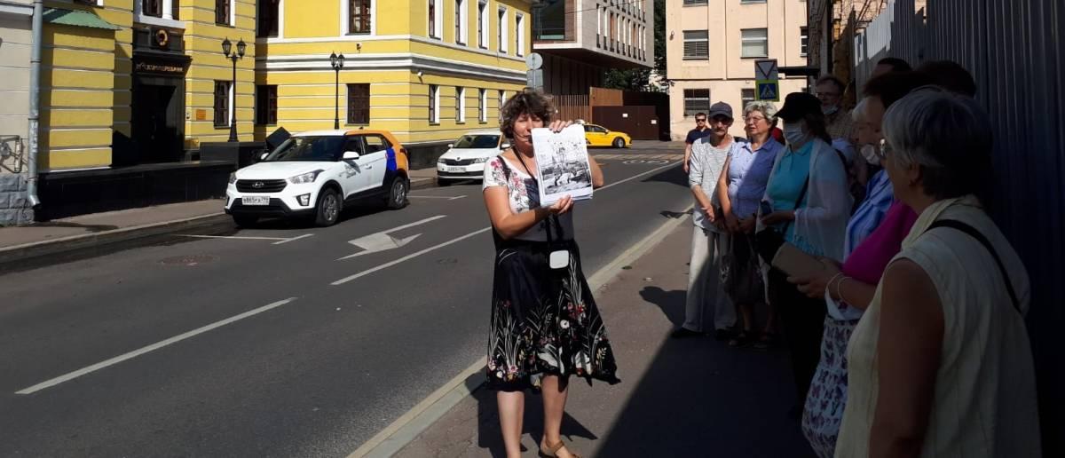 Пешеходная экскурсия «Замоскворечье – след южных соседей Руси» в рамках проекта «Прогулки по многонациональной Москве»